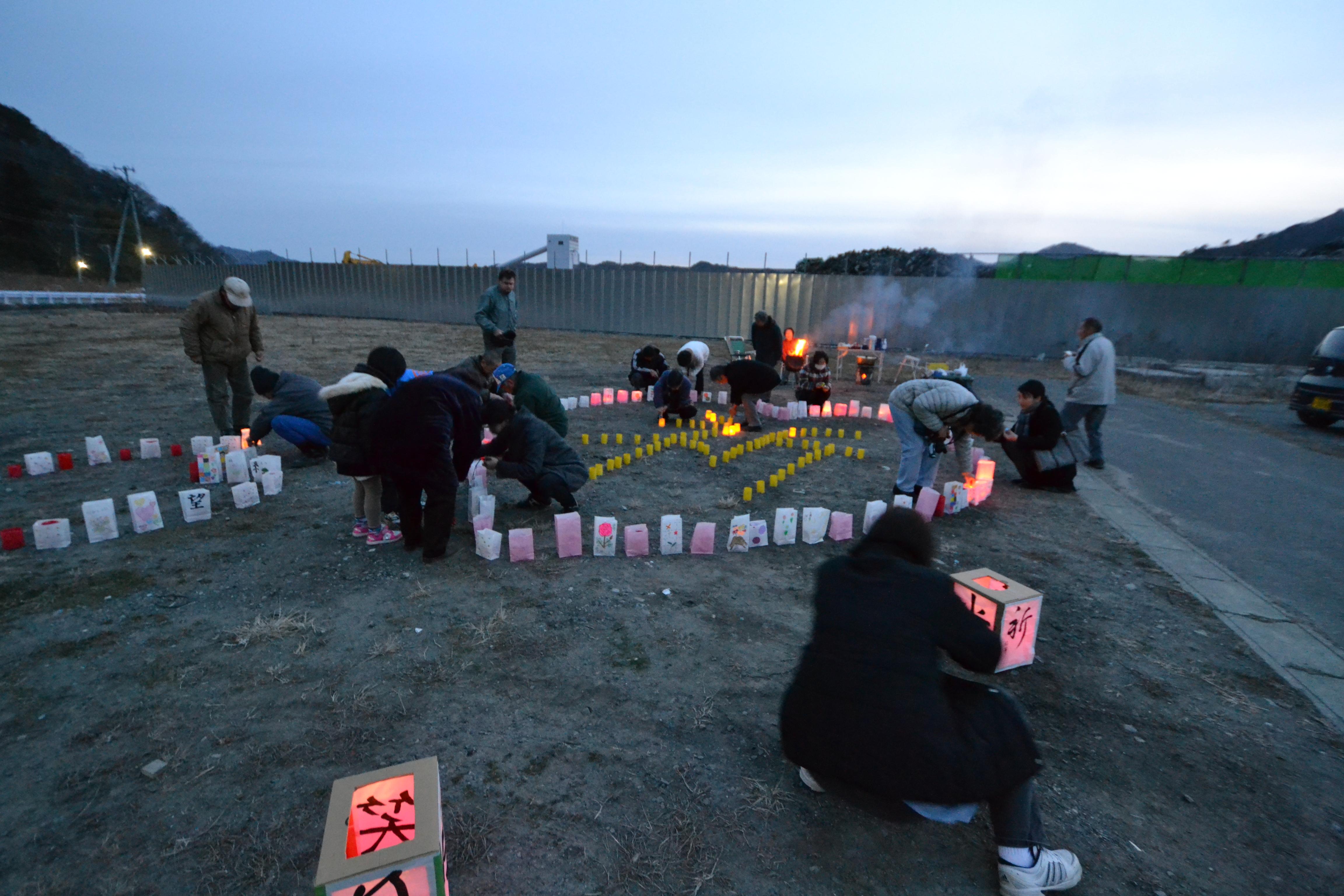 otsuchi families gather for mar 11 memorial.JPG