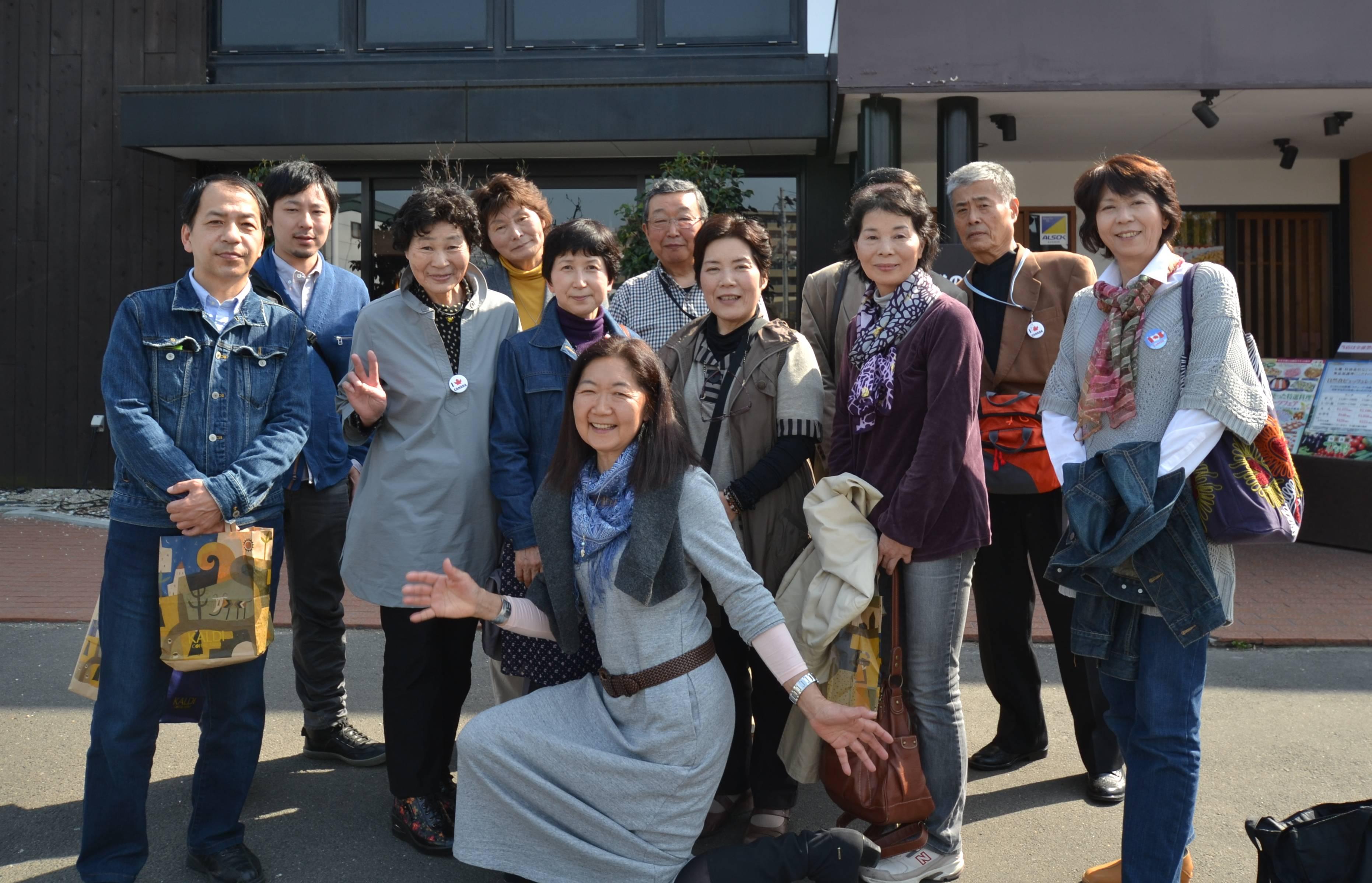 sendai daruma project volunteers linda farewell.jpg