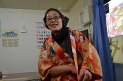 watari chef wife kimono sings.JPG
