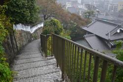onomichi steep steps up senkoji.JPG