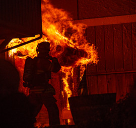 2017 11 mb firefighter on duty repro5k 5