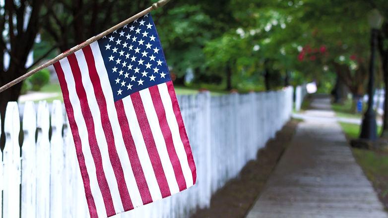 American%2520flag-%2520picket%2520fence_edited_edited.jpg