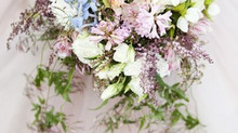 Wedding and bridal flowers: inspiration and ideas