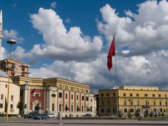 09_Tirana centro.jpg