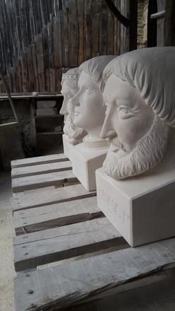 Série de têtes
