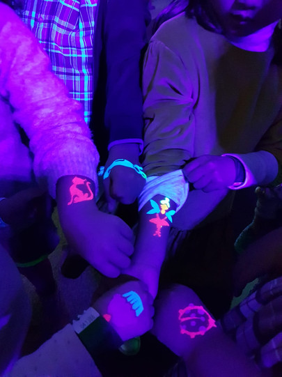 MagicStar - Glow Glitter Tattoos