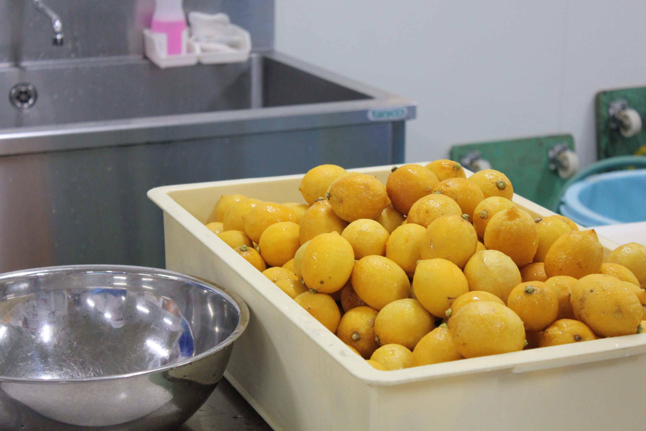 南信州菓子工房|工場