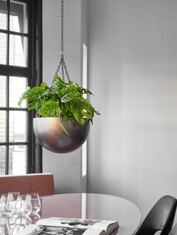 Sophisticated Hanging Display Natural