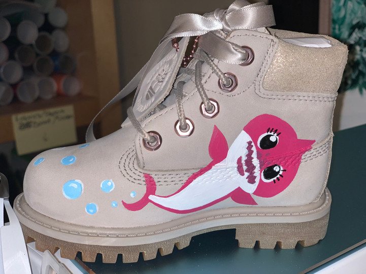 Minnie Mouse x Baby Shark Timbs