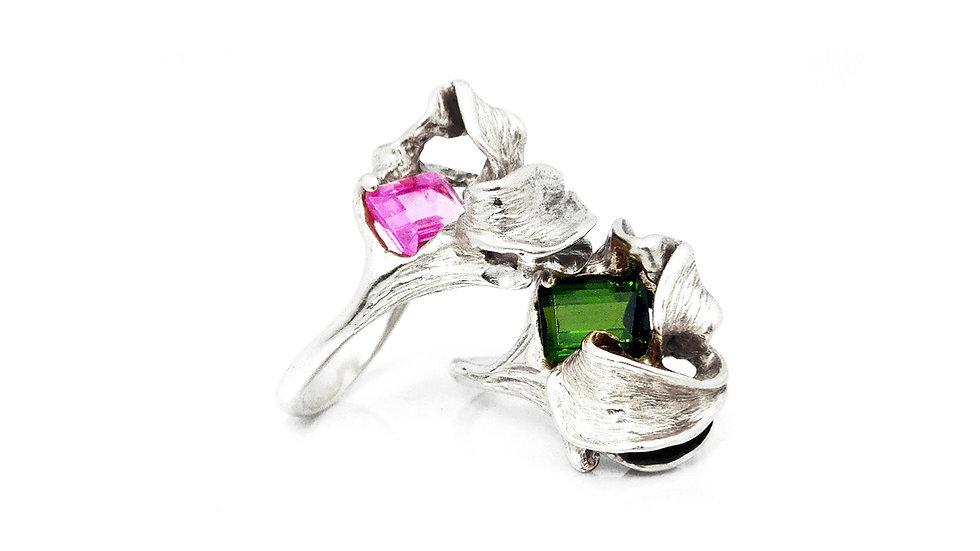 399€ - Aneis de prata com turmalinas verde e rosa set