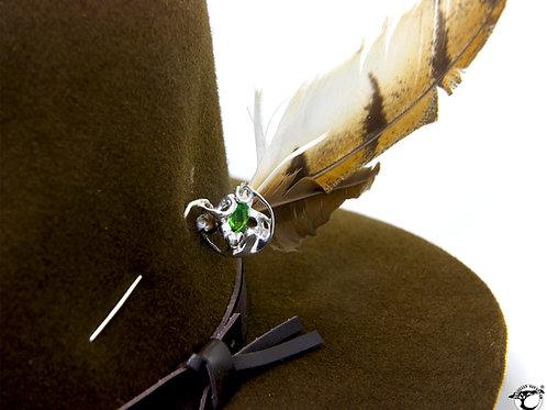 149€ - Broche de prata com turmalina verde e zircônia