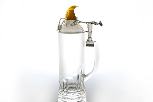 420€ - Caneca de cerveja com tampa de prata e garra de leão