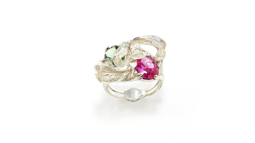 179€ - Anel de prata com turmalinas verde e rosa