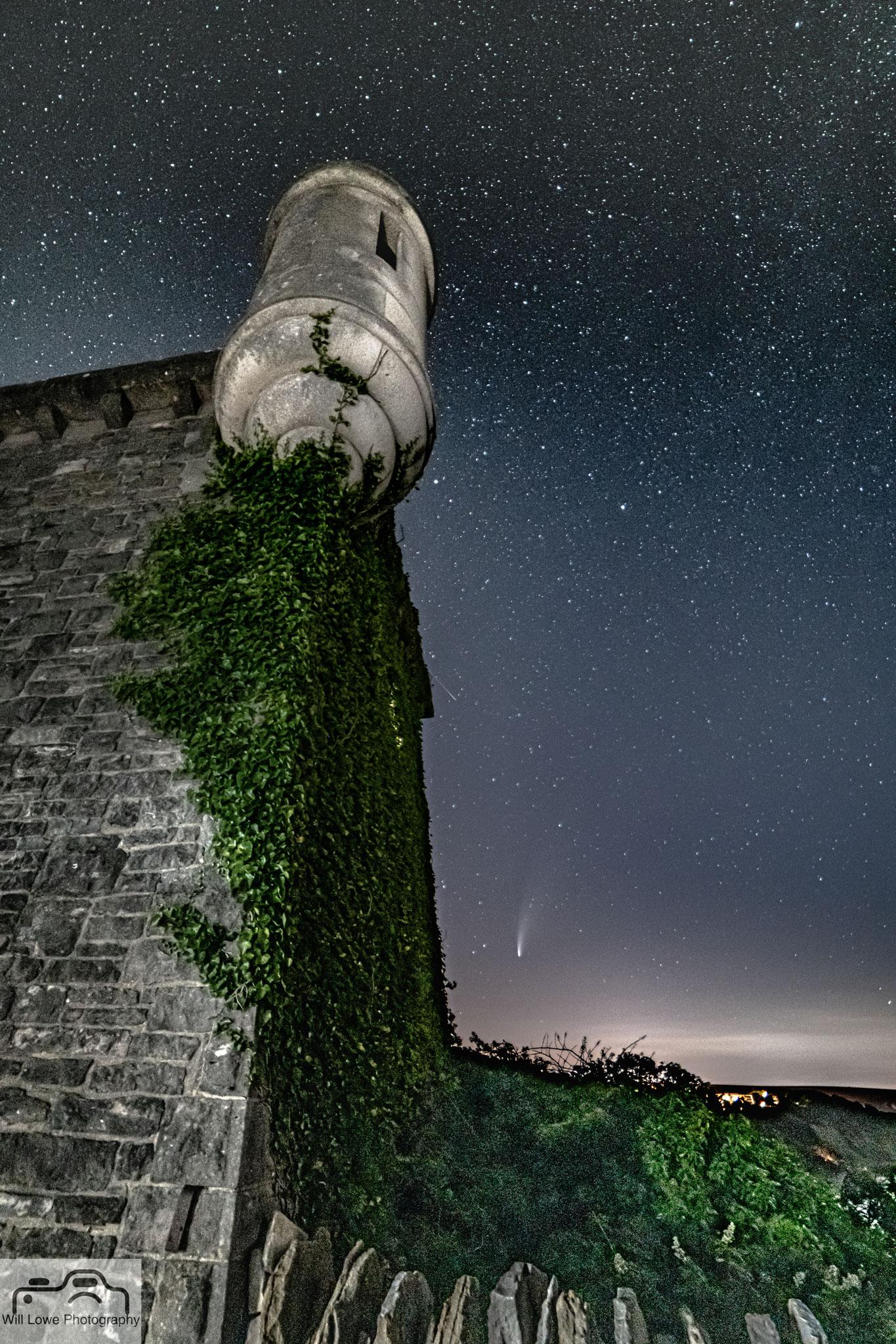 Neowise Comet over Durlstan Castle