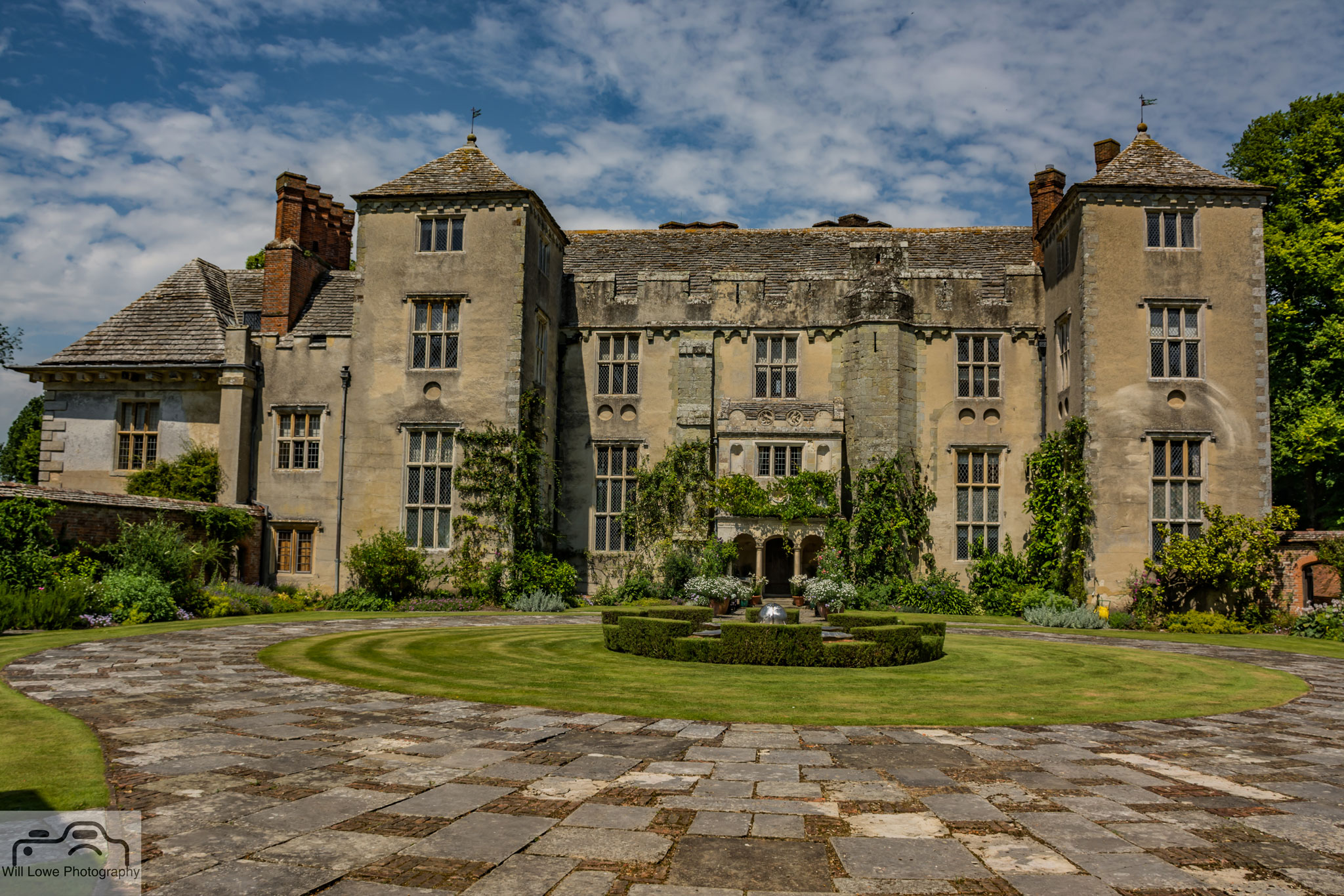 Cranbourne Manor