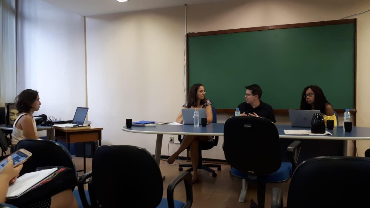 Defesa de mestrado de Fernanda Olívia Lazaro Carvalho (15/03/2019) no Programa Interdisciplinar de Linguística Aplicada da UFRJ