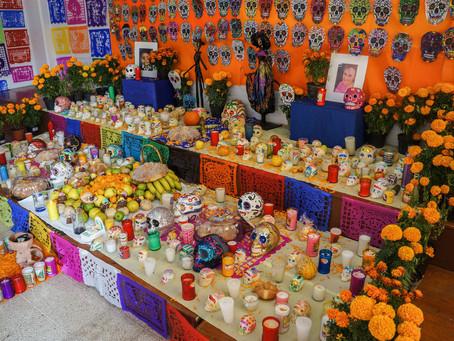 El Día de Muertos en la prensa española