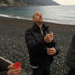 Massimo e lo spumante