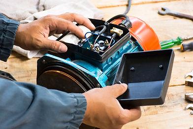 Réparation de moteurs.jpg