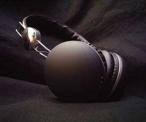 Bluetooth Headphone.jpg