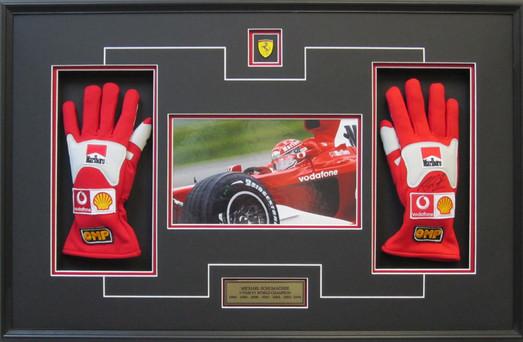 Schumacher Ferrari Gloves S.jpg