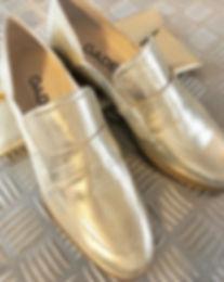 Platinskind loafer fr i præget skind Gadea