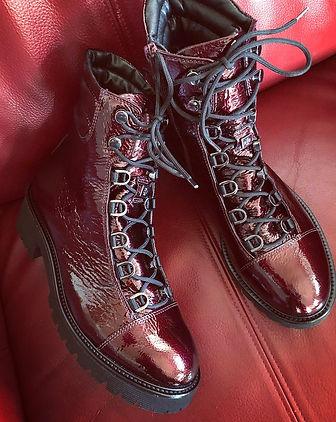 Högl bordeaux støvle i skindlak