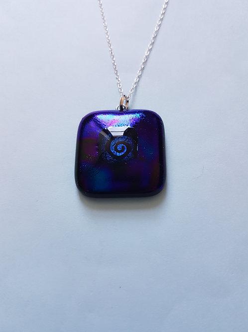 Swirl in a purple/blue setting Pendant