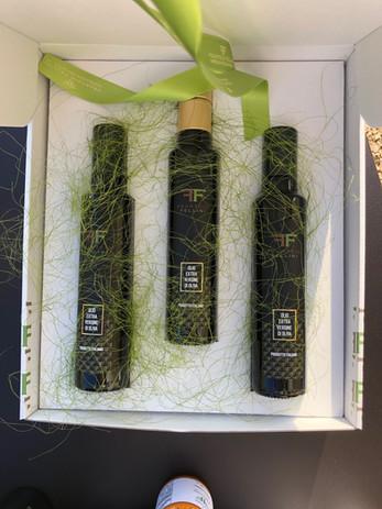 Olio Di oliva di nostra Produzione