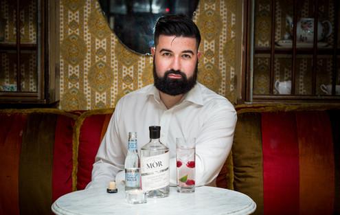 Eoin Bara - Mór Gin
