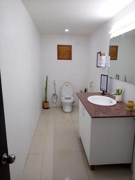 1층 공용 화장실