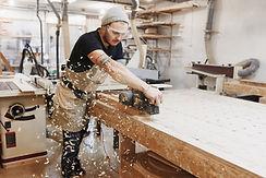 Carpenter w Pracy