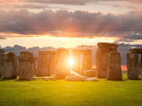 I diversi modi in cui viene celebrato il solstizio d'estate nel mondo