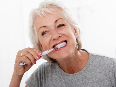 Effetti della menopausa sulla salute orale