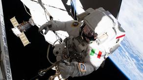 Le passeggiate spaziali: dove lo sguardo punta l'infinito