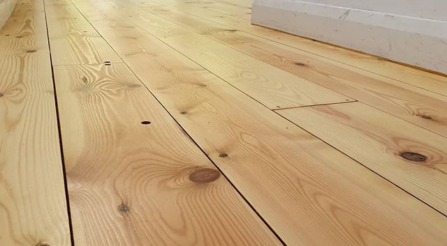 pine sanded and oiled
