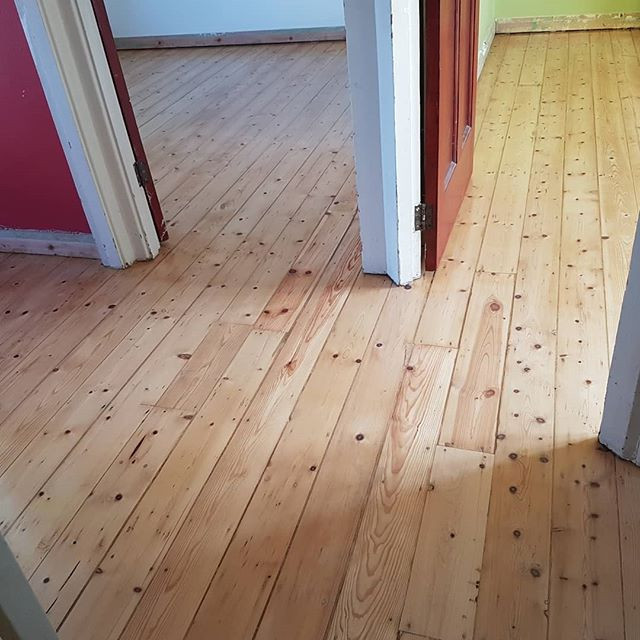 pine floor sanded and oiled