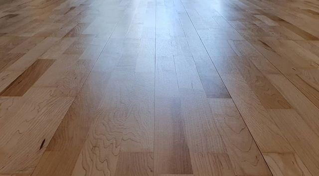 matt lacquered kahhrs  floor
