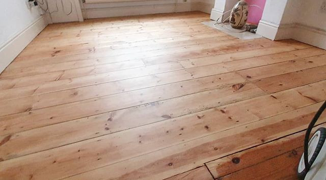 pine floor lacquered