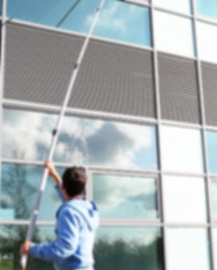 Fensterputzer Pudo Reinigungsmittel