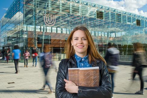 Advertising photography for University of Bremen by Alasdair Jardine.