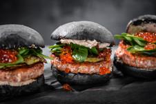 Бургер с лососем.jpg