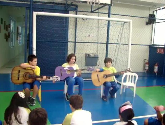 Turma_do_violão.mp4