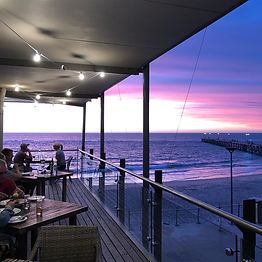 Hortas Restaurant sunset - Karawatha Cot