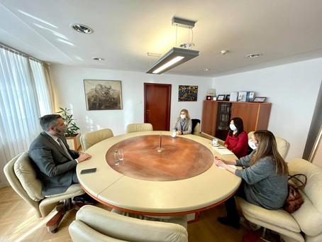Састанак директора Конфуцијевог института и министра Рајчевића