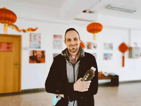 专家Filip Manja举办中国传统医学讲座