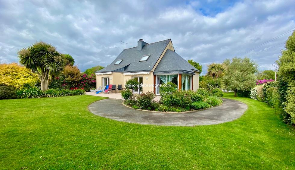 Maison contemporaine à vendre à CAUDAN Morbihan  bretagne sud | maisondebretagne.com