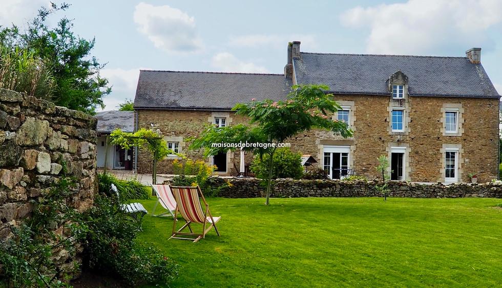 Longère à vendre à KERVIGNAC avec dépendances en Morbihan  bretagne sud | maisondebretagne.com