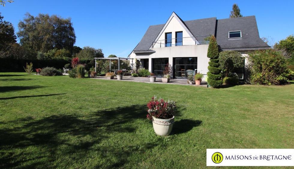 Maison contemporaine a vendre a moelan sur mer maisondebretagne_edited.jpg