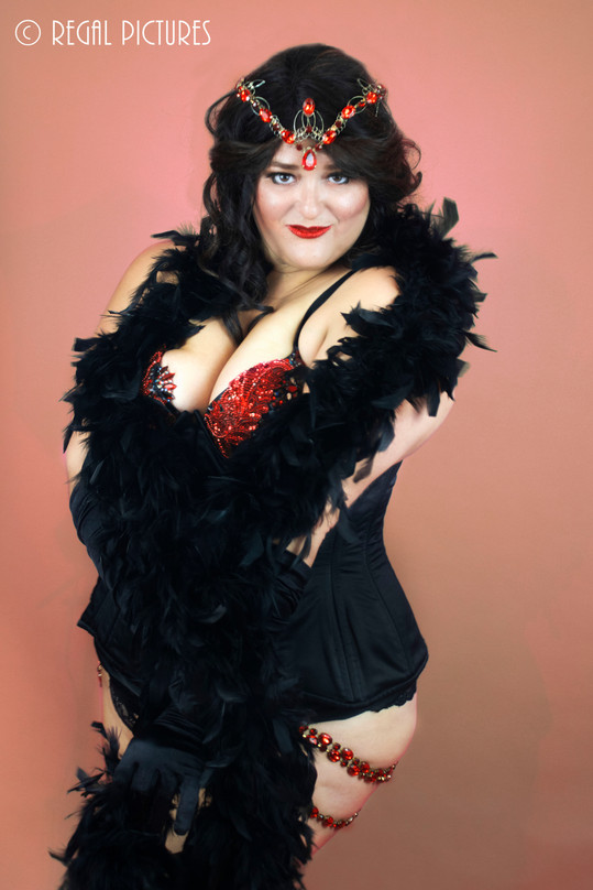 Burlesque Performer Unsung Hera